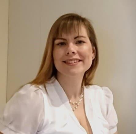 Hannah Associate Consultant